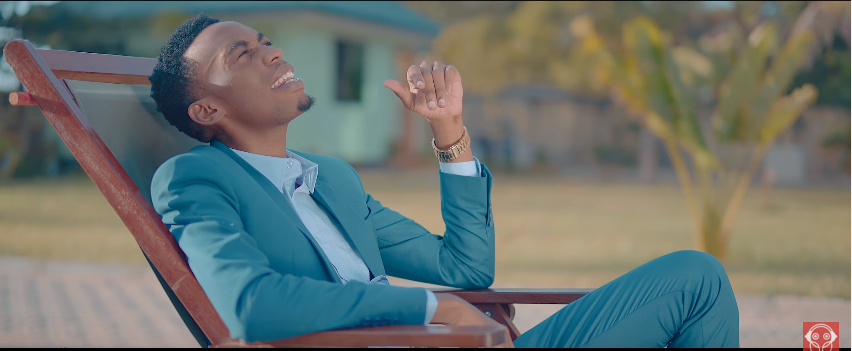 Photo of Neema Mudosa X Goodluck Gozbert (Video) – Washangaze | Mp4 Download