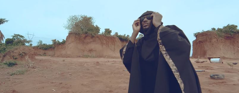 Photo of New VIDEO: 2Baba – Holy Holy
