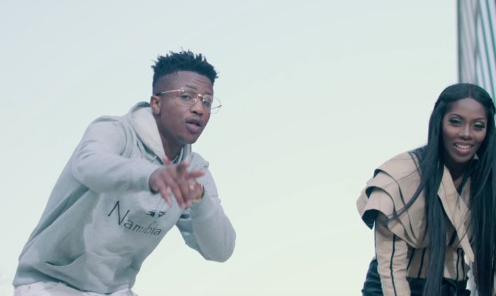 Photo of New VIDEO: Emtee Feat. Tiwa Savage – Me And You