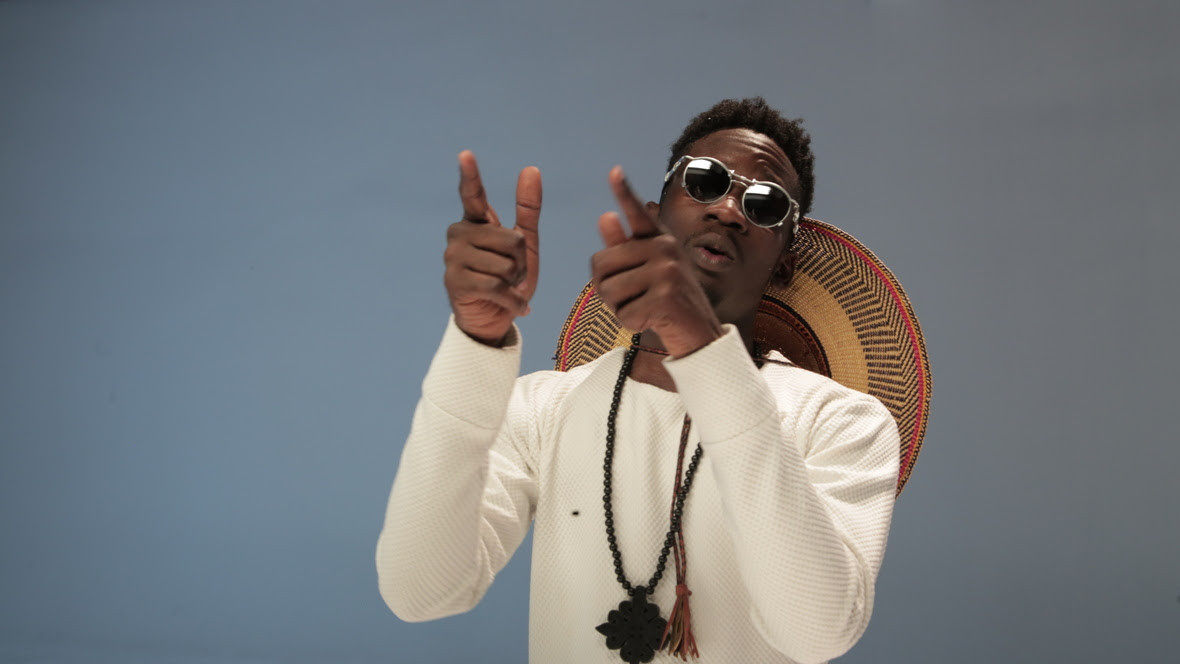 Photo of New VIDEO: Mr Eazi ft. Tekno – Short Skirt