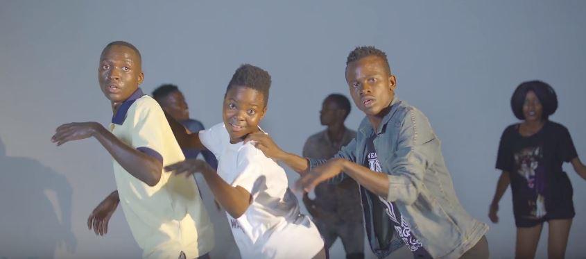 Photo of New VIDEO: Msaga Sumu – Mwanaume Mashine