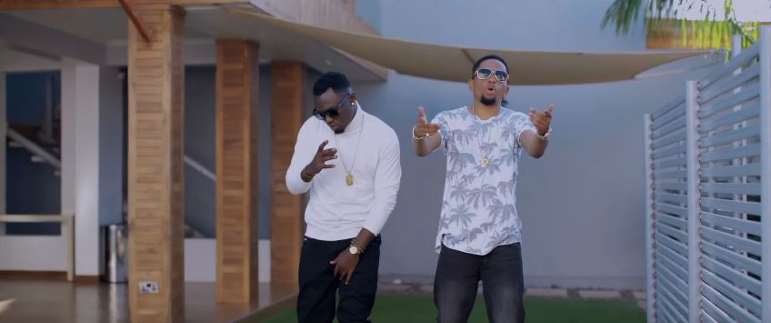 Photo of New VIDEO: Ervixy ft Mwana FA – Text