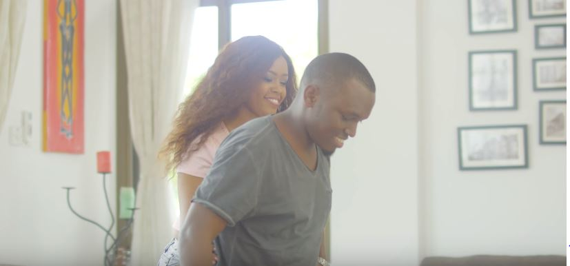 Photo of New VIDEO: Tom Close – Naba Umuyonga