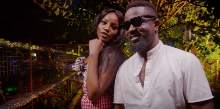 Photo of New VIDEO: Seyi Shay ft. Sarkodie – Weekend Vibes (Remix)