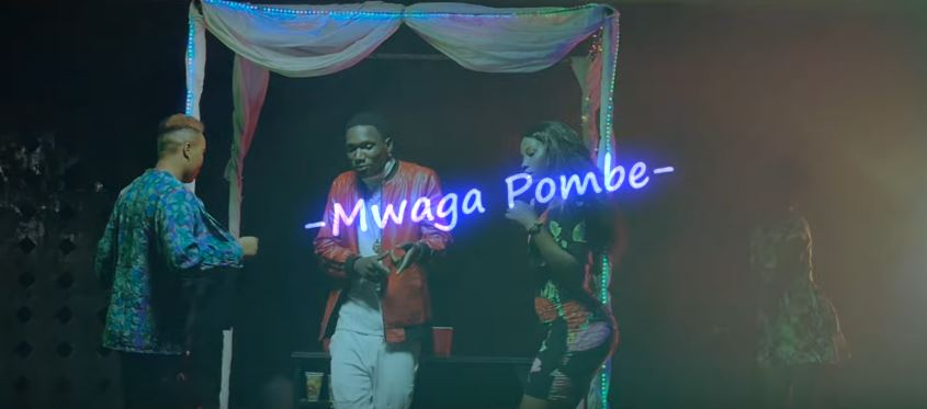 Photo of New VIDEO:  Kelly – Mwaga Pombe