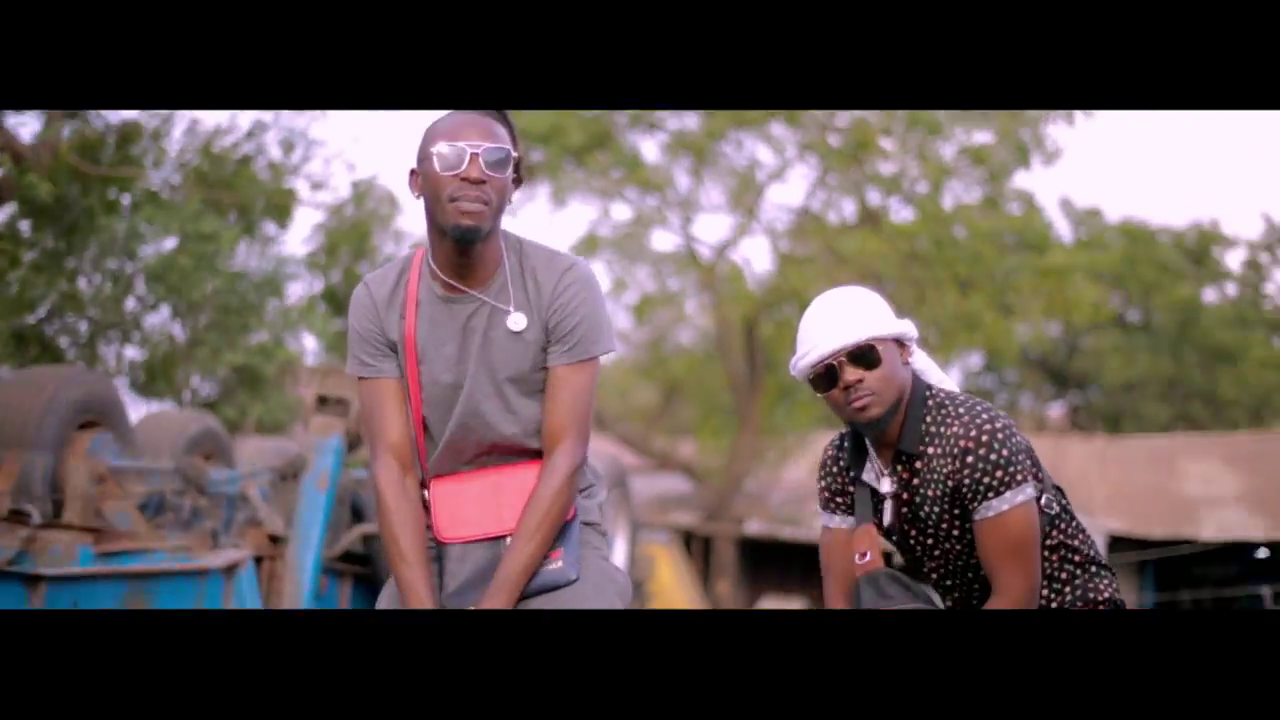 Photo of New VIDEO: DEE PESA x SHOLO MWAMBA – VUMBI