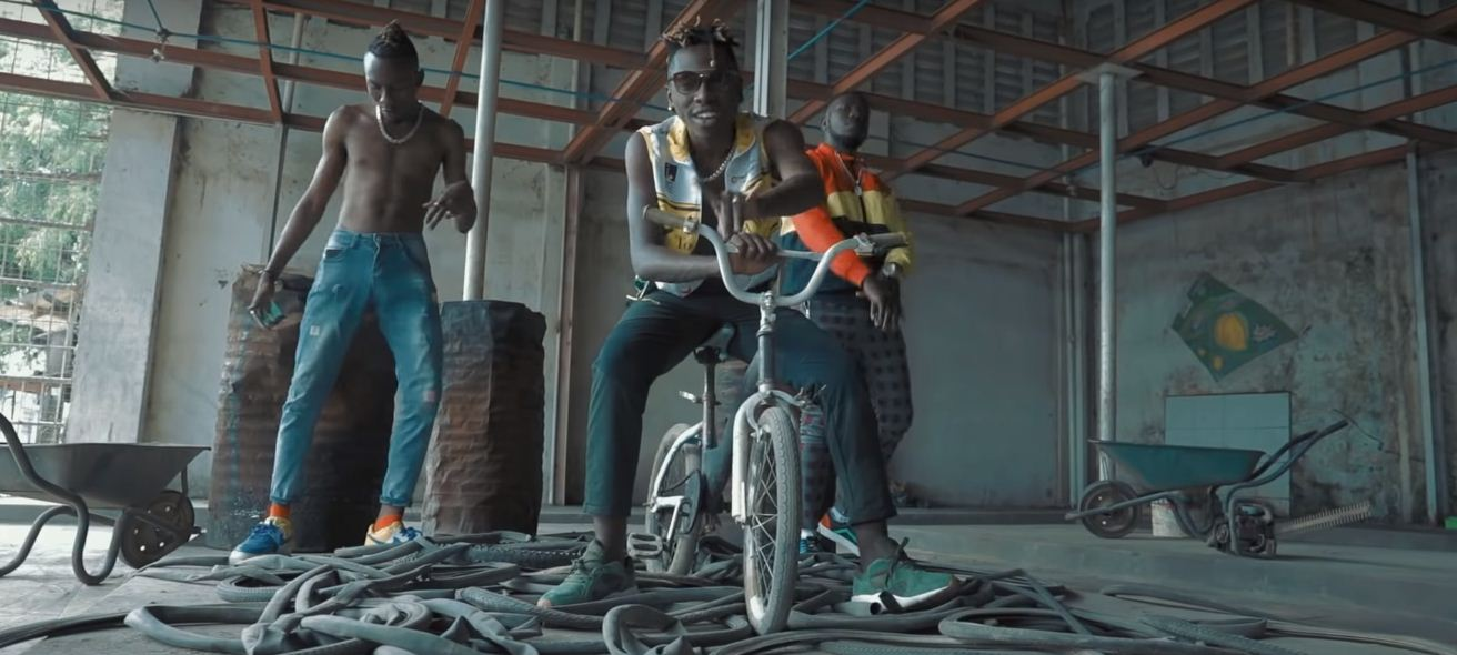 Photo of New VIDEO: Sellementally ft Country Boy – Amini