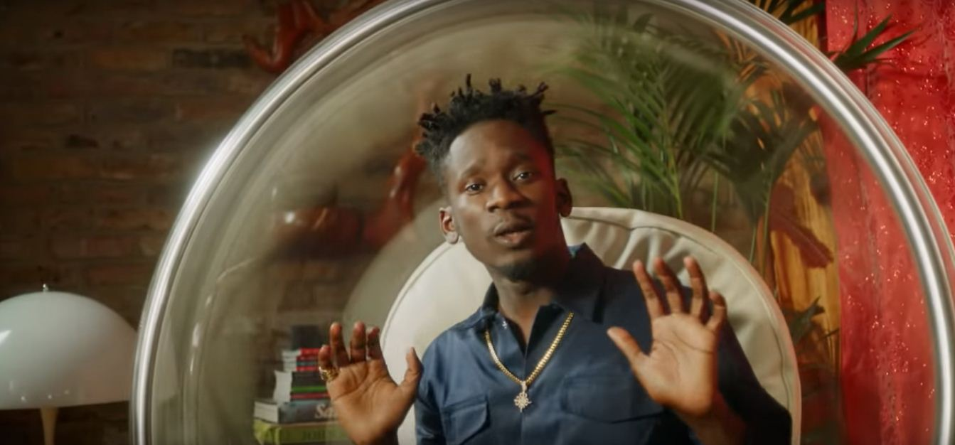 Photo of New VIDEO: Mr Eazi ft Sneakbo & Just Sul – Chicken Curry
