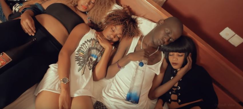 Photo of New VIDEO: Papaa Mafido – Mizuka Mtu Kati