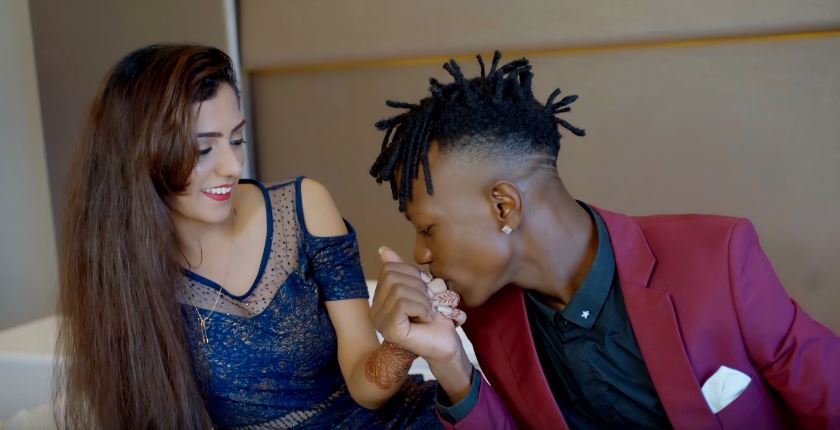 Photo of New VIDEO: Young Killer Msodoki Ft. Dela – Wakipekee