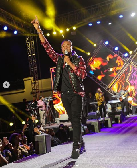 Photo of ALIKIBA LIVE PERFORMANCE IN MUSCAT, OMAN (PART-1 & 2)
