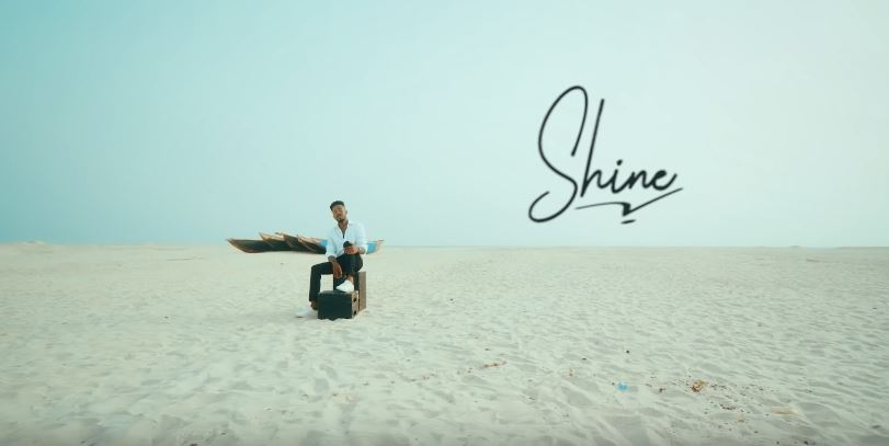 Photo of New VIDEO: Johnny Drille – Shine