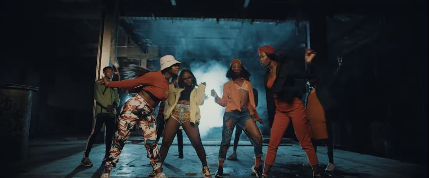 Photo of New VIDEO: D'banj ft. Slimcase – Mo Cover Eh