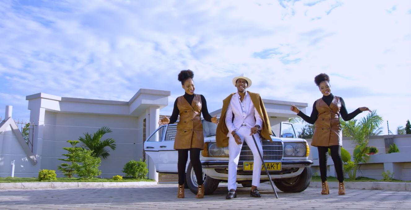Photo of New VIDEO: Jolly Twins ft Goodluck Gozbert – Baba eeeh