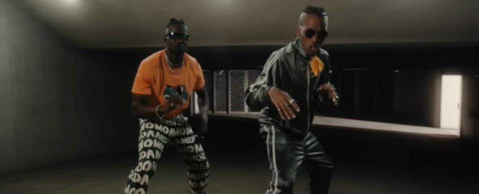 Photo of VIDEO: Selebobo ft. Tekno – Ova