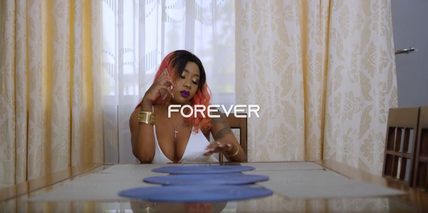 Photo of King Omixsa X Amber Lulu – Forever (VIDEO)