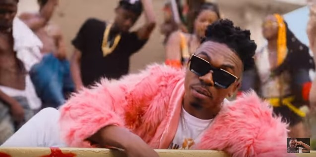 Photo of Mayorkun – Geng (VIDEO)