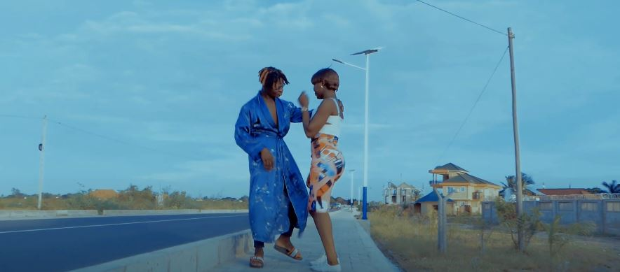 Photo of VIDEO: Shelay Wa Mapozi x Drumz – Sukuma